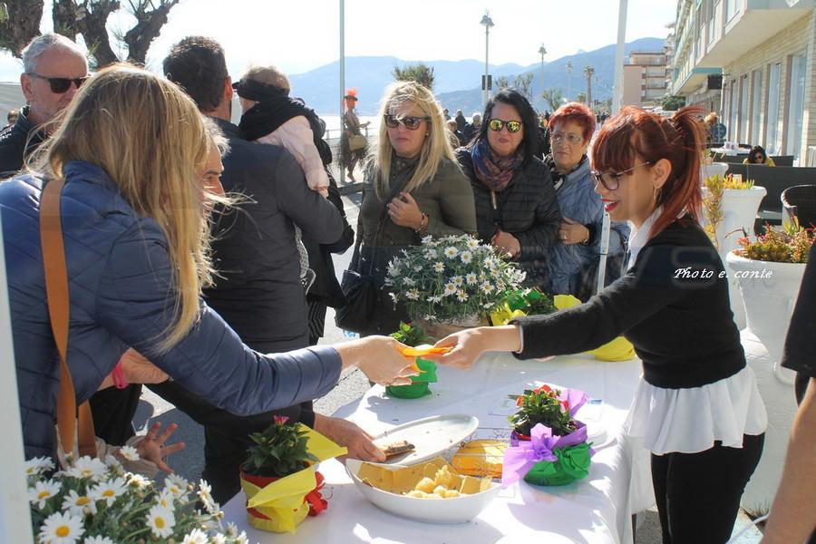 Vallecrosia: successo per la prima edizione di 'Sapori e fiori', le foto di Eugenio Conte
