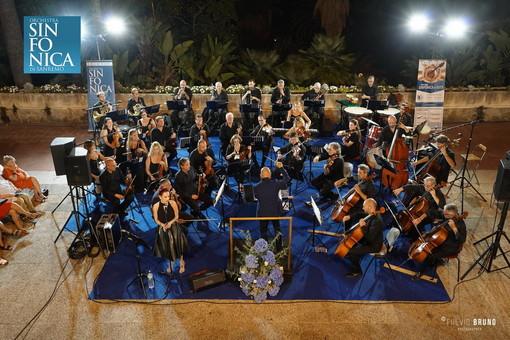 Sanremo: giovedì sera nel concerto della Sinfonica a Villa Ormond verrà ricordato Ennio Morricone