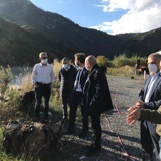 Valle Roya, il sottosegretario Traversi in visita nei centri devastati dall'alluvione. Monitoraggio della SS 20 e degli argini dei torrenti (Foto)