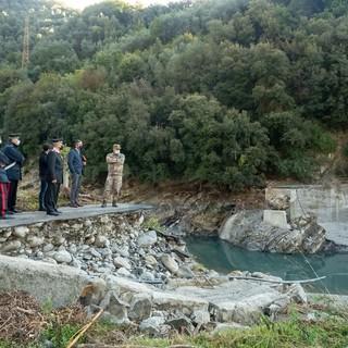 """Taggia: sopralluogo dell'esercito al Ponte crollato per Meosu, l'appello degli abitanti a Regione Liguria """"Vogliamo solo tornare al lavoro e a casa"""" (Foto e Video)"""