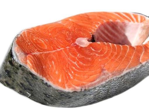 Sanremo: tenta per la seconda volta in pochi mesi di appropriarsi di un grosso quantitativo di salmone, romeno riceve foglio di via