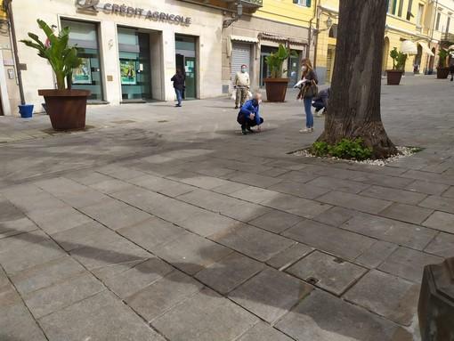 Coronavirus, sopralluogo del Comune in vista della riapertura dei mercati di Porto Maurizio e Oneglia (Foto)