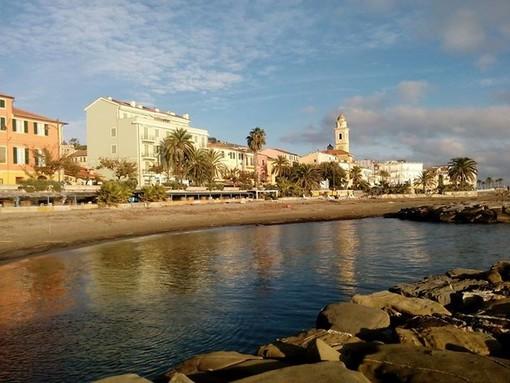 Santo Stefano al Mare: anziano fa perdere le sue tracce, ritrovato dopo un paio d'ore da un'agente della Polizia Locale