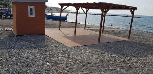 Ventimiglia: ritorna la spiaggia per disabili in zona Nervia, soddisfazione per l'amministrazione Scullino