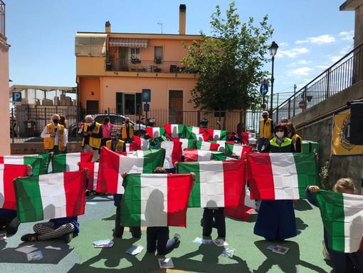 Sanremo: il Lions Club Sanremo Host, dona tricolore e una copia della Costituzione ai bimbi della primaria di Coldirodi 'Padre Semeria'