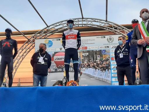 Ciclismo. Il Trofeo Laigueglia va a Mollema, completano il podio Bernal e Vansevenant (Foto e Video)