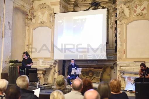 """Sanremo: appuntamenti collaterali del Premio Tenco, a Santa Brigida tante persone per """"1958, anno zero"""" (Foto e Video)"""