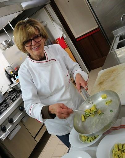 Clelia la cuoca della locanda Tra Arte e Querce di Monchiero