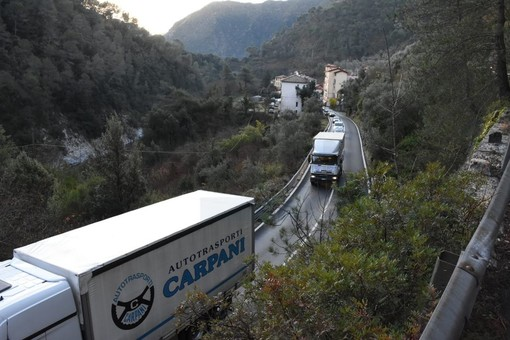 """""""Ora Gendarmeria e Prefettura facciano rispettare il divieto"""": dopo la sentenza che ha dato ragione ai sindaci della Valle Roya i nodi vengono al pettine"""