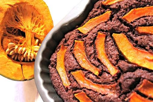 La videoricetta: imparare a fare una buona torta veg ciocco zucca