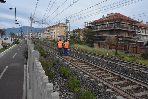 Sarebbe un trentaduenne di Ventimiglia l'uomo travolto questa mattina sui binari a Bordighera