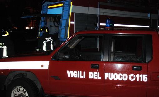 Taggia: incendio nella notte in un appartamento nella zona di via San Francesco, intervento dei Vigili del Fuoco
