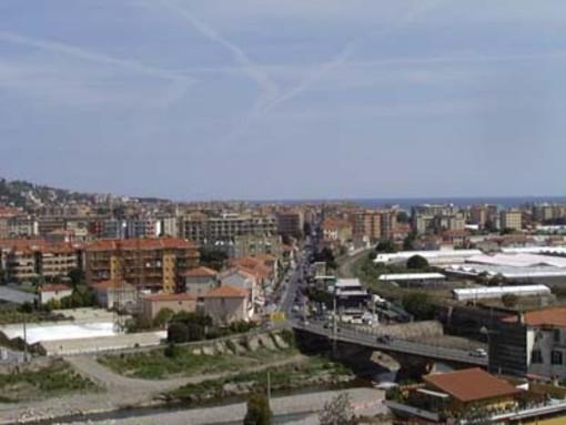 Vallecrosia: cinema nel borgo antico, premiazioni degli atleti cittadini di livello nazionale e teatro nel parco