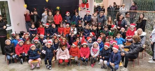 Sanremo: lo spirito di Natale alla scuola dell'infanzia Villa Vigo, ecco come hanno festeggiato i bimbi