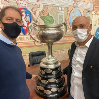 Diano Marina: il velista Diego Negri incontra il sindaco Za Garibaldi, sinergie per lo sport e il territorio